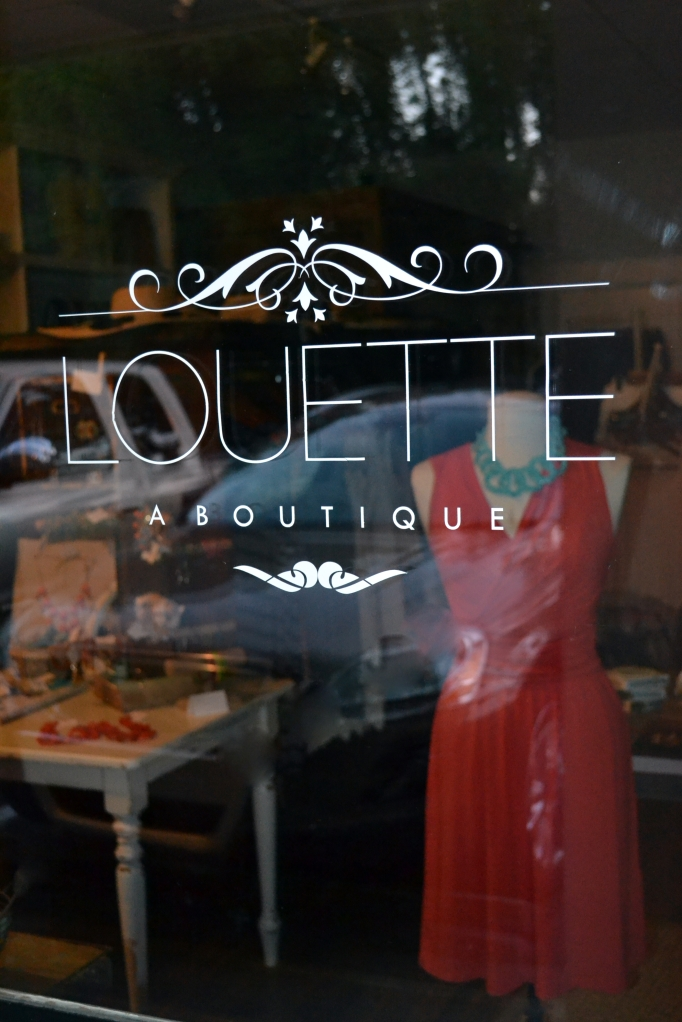 Louette Door
